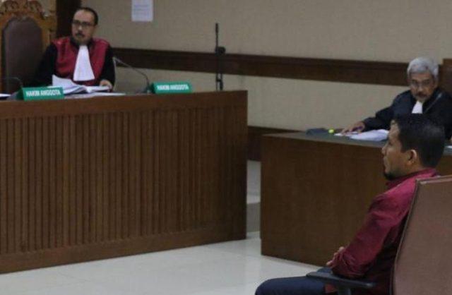 Bupati Bener Meriah, Ahmadi, Kamis hari ini (26/9/2018), mulai menjalani sidang di Pengadilan Tipikor di Jakarta. (Foto/liputan6.com)