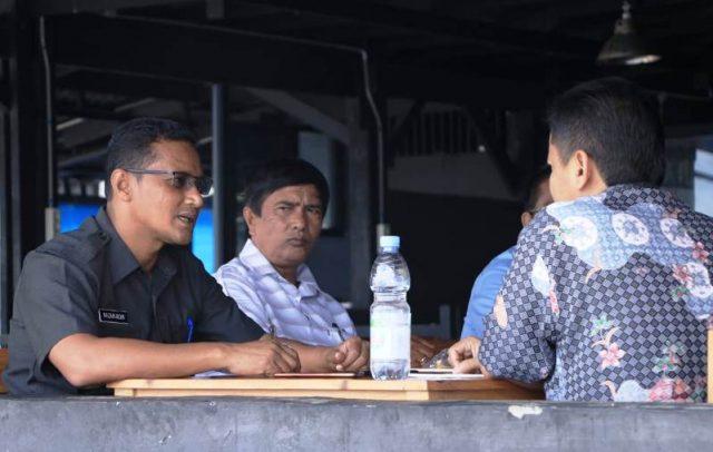 Ketua Partai Aceh Sabang, yang juga Wali Kota Sabang, Nazaruddin, saat berbincang dengan Waspadaaceh.com. (Foto/Ist)