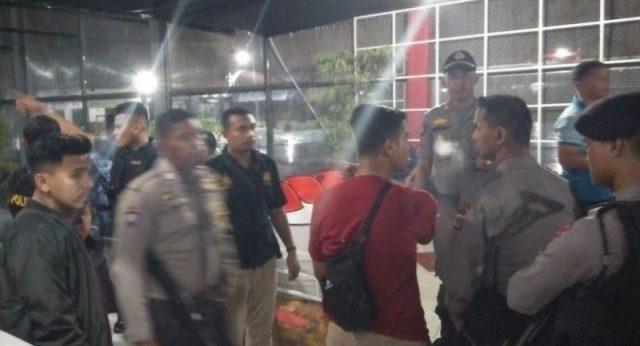 Sedikitnya 100 personil polisi dikerahkan untuk pengamanan dan memburu para napi yang kabur dari Lapas Klas IIA Lambaro. (Foto/KBA.ONE/Fatma)