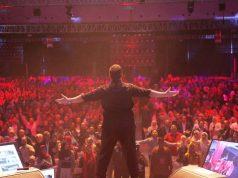 Trainer utama yang juga founder ESQ, DR HC Ary Ginanjar Agustian, di tengah ribuan peserta training bertajuk The Amazing You, di Hall Indonesia Convention Exhibition (ICE BSD) Jalan BSD Grand Boulevard No 1, BSD City, Pagedangan, Tangerang, Sabtu (15/12/2018). (Foto/Ist)